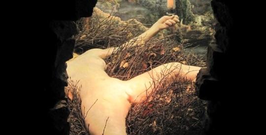 Marcel Duchamp  - Ready made  - ;  Title; Etant donnés 1950 circa. Modella magrolina