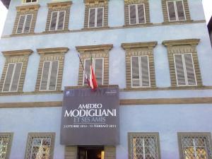 'Palazzo Blu' di Pisa,visto da Lungarno Gambacorti