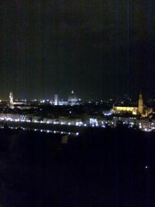 La più nota e completa veduta del rinascimento;Firenze vista da piazzale michelangelo.