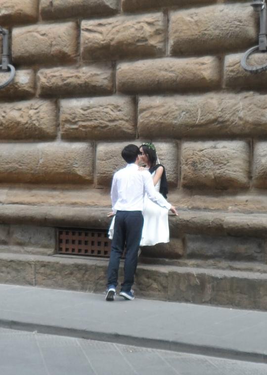 ロミオとジュリエット サマー2014 ストロッツィでフィレンツェ 彼らは誰なの? 名前実際には 'ロミオとジュリエット」とは何ですか? 誰が「ロミオとジュリエット」の名前を知っている?欲しい 非常たかった ジャーナリストは、私たちを助けることができる?
