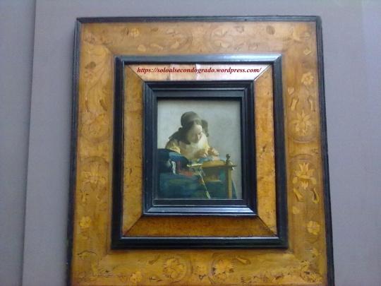 Johannes Vermeer;  'la Dentèlliere' .  Opera olandese che Manet definì giustamente :'  :'il quadro più bello del mondo '