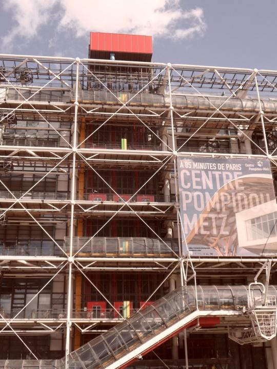 Le Beaubourg ou  Centre Pompidou 10