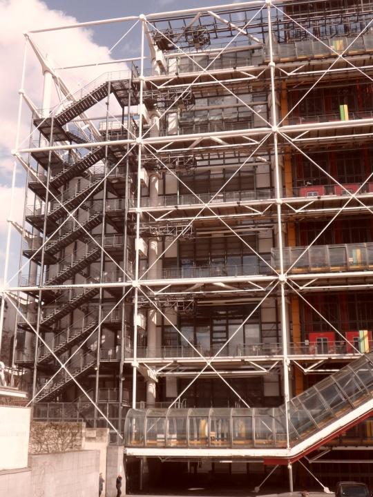 Le Beaubourg ou  Centre Pompidou 11