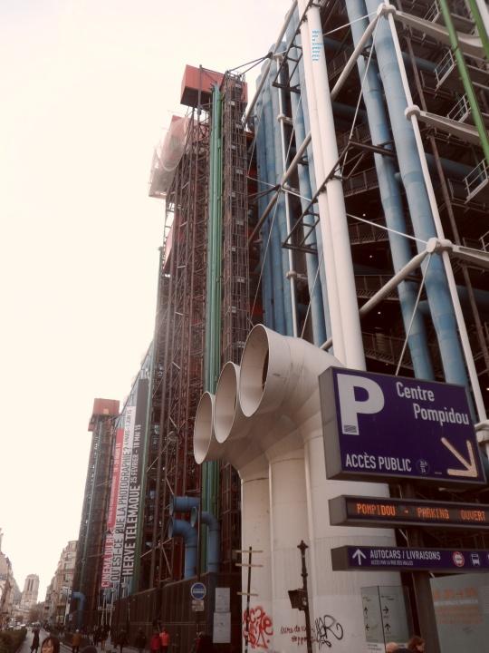 Le Beaubourg ou  Centre Pompidou 19