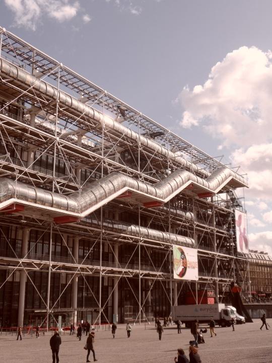 Le Beaubourg ou  Centre Pompidou 7