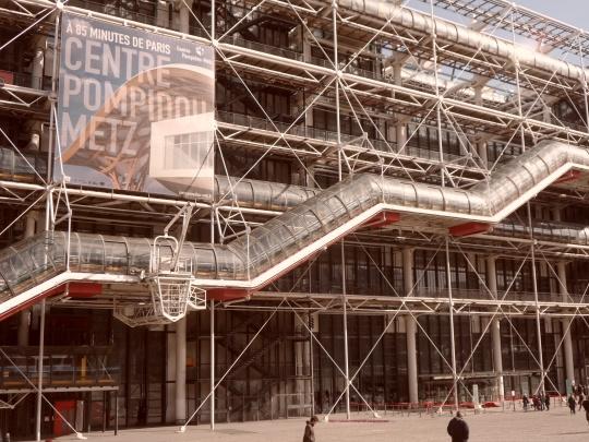 Le Beaubourg ou  Centre Pompidou 8