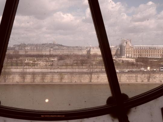 Ma... Parigi resta sempre Parigi con tutto il suo fascino romantico d'altri tempi!