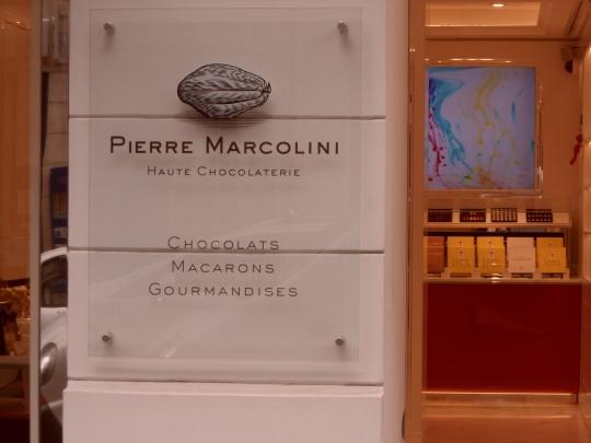 Un 'Marcolini' di chiara origine italiana belga come prima tappa Paris come traguardo finale. Cioccolato d'oro in tutti i sensi