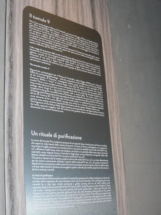 Didascalia in merito ai ritrovamenti etruschi