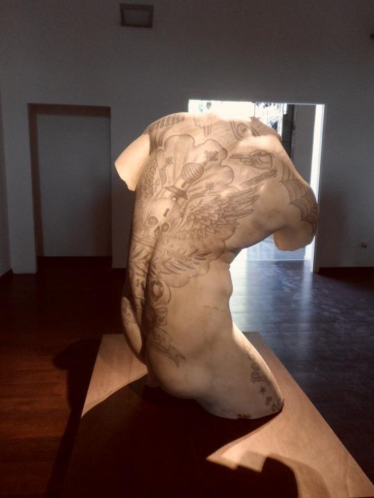 Kouros di Fabio Viale 3
