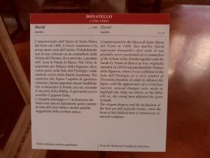 Didascalia David in marmo di Donatello