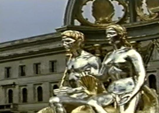 München 16  Juli  1939 Deutsch Kunst Tag. Sorprendente affinità estetica tra l'Opera vista qui sopra di Jeff Koons :'  :' Pluto and Proserpina ', con quella tedesca del lontano 1939; auto celebrazione in entrambe...?! Cosa cambia nella sostanza...?!