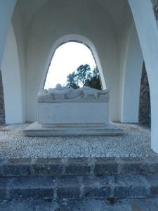 Interno monumento ai civili caduti nell'eccidio del 1944 presso Sant'Anna di Stazzema (Lucca) - Toscana -