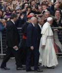 Papa francesco I a Firenze 10 novembre 2015; nella città del Rinascimento ovvero del rovesciamento da :' l'uomo in Dio a Dio nell'uomo' .