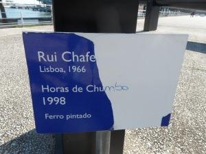 Rui Chafes:' :' horas de chumbo'/ /ore di piombo! Lisboa 1966  . Targa di quanto a sinistra in alto di chi guarda .