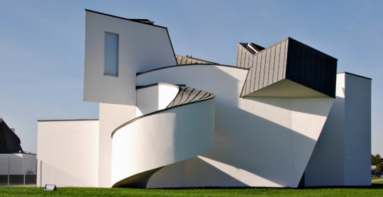 Frank O Gehry; forme ittiche in architettura !