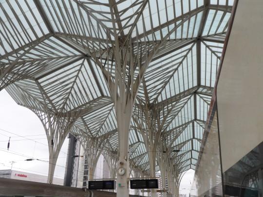 Stazione Oriente 'Gare do Oriente' di Santiago Calatrava Parque das Nações – Parco delle Nazioni Lisbon