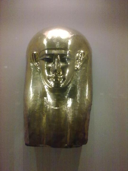 Maschera funeraria in oro