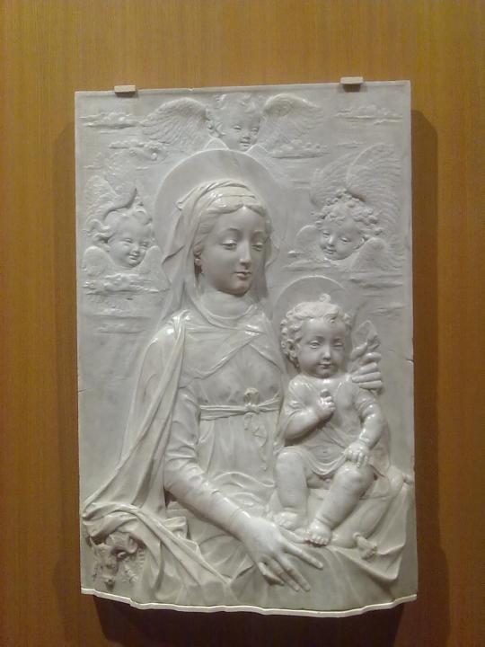 Raro ed interessante lavoro a bassorilievo in marmo di origine italiana