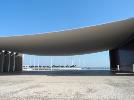 Padiglione del Portogallo per l'expo mondiale tenutasi nel 1998  a Lisbona. Pavilhao de Portugal 1997-98  Lisboa Lisbon.  Álvaro Siza architect.