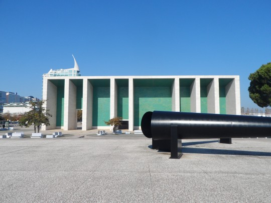 Portuguese Pavilion architect Alvaro Siza ; cfr come sopra, https://soloalsecondogrado.wordpress.com/tag/horas-de-chumbo/