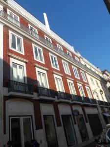 Lisbona; vecchio edificio rivisitato con stile