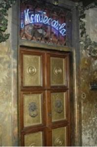 Ashley Olsen murder ; Montecarla ( pub),  via de Bardi 2 Firenze