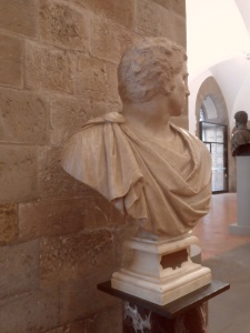 Bruto di Michelangelo e dell'allievo Tiberio Calcagni . Museo del Bargello Firenze