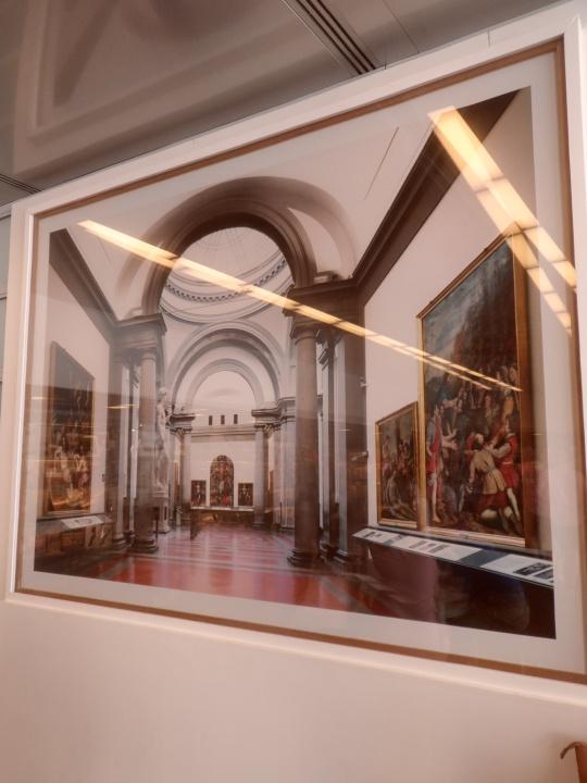 Omaggi a Michelangelo, presso il Museo galleria dell'Accademia a Firenze; Candida Hoefer       fotografa    Galleria dell'Accademia   -Firenze-