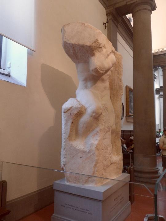 Michelangelo Buonarroti Incompiuto e NON non finito       Prigione per la tomba di Papa Giulio II a Roma      Galleria dell'Accademia       -Firenze-