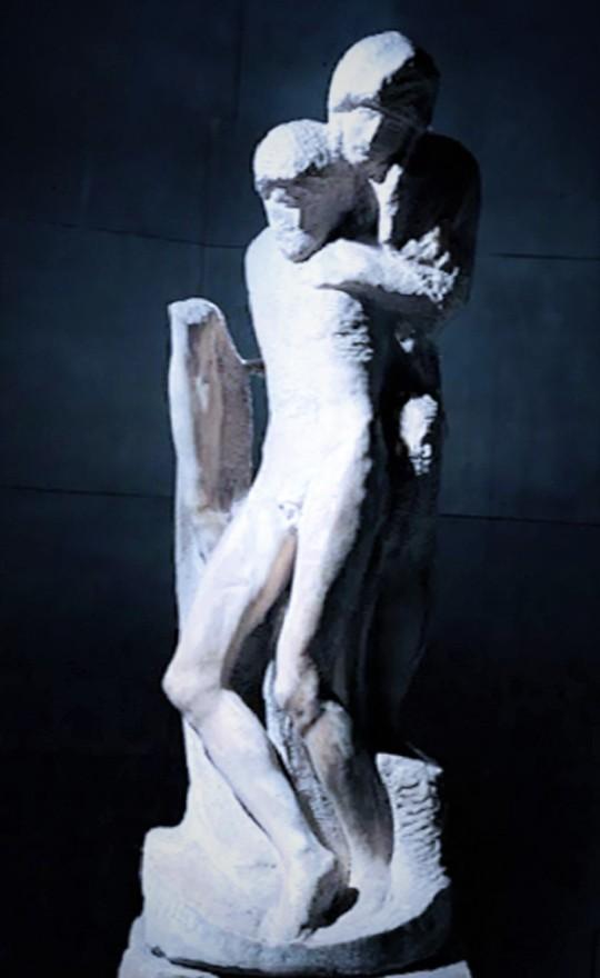 Michelangelo Pietà Rondanini Castello sforzesco Milano. Tra non finito e 'definito'. La Sua indecisione sul marmo sembrava sempre maggiore.