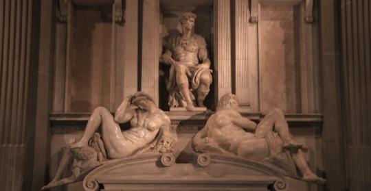 Michelangelo Sagrestia nuova La tomba di Giuliano, duca di Nemours figlio di Lorenzo il Magnifico