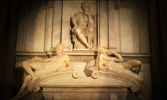 Michelangelo Sagrestia nuova La tomba di Lorenzo, duca d'Urbino nipote di Lorenzo il Magnifico all'interno della Cappella medicea nel complesso di San Lorenzo Firenze