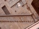 Scorcio della scalinata del patio del Bargello