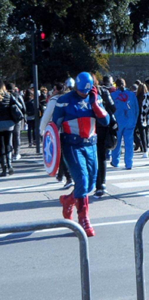 captain-america; il solito super eroe...