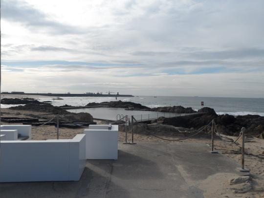 piscinas-de-mares-de-leca-da-palmeira-matosinhos-distrito-do-porto-by-alvaro-siza-ag