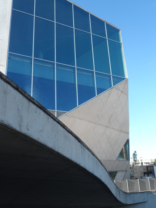 Casa da Música by architetto Rem Koolhaas