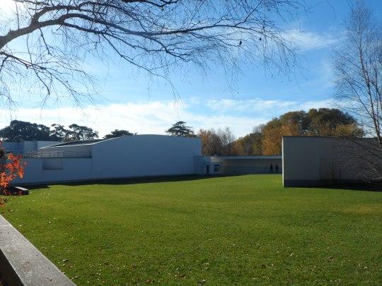 museu-de-arte-contemporanea-da-fundacao-de-serralves-porto-portugal-y