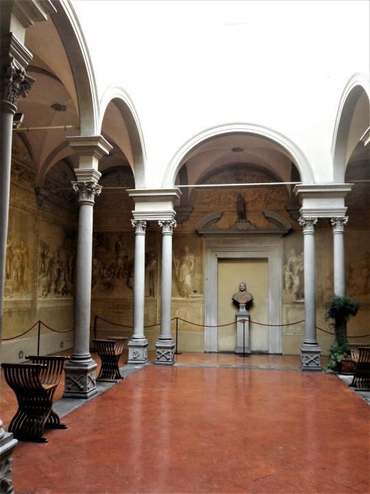 Chiostro dello Scalzo Compagnia di S Giovanni Battista via Cavour Firenze      il  Chiostro