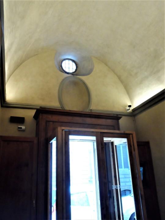 Chiostro dello Scalzo Compagnia di S Giovanni Battista via Cavour Firenze         ingresso
