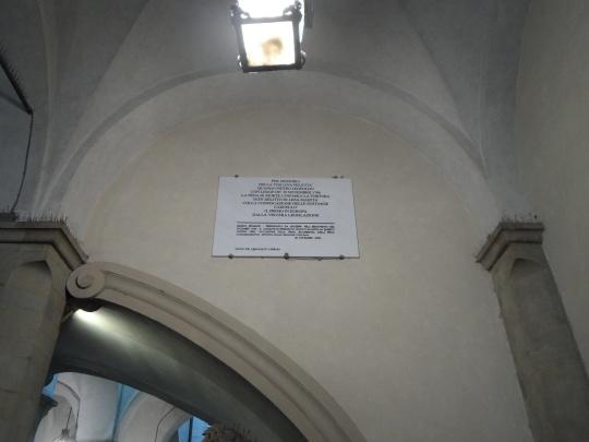 Targa commemorativa presso  ' Palazzo Vecchio' o  ' Palazzo della           Signoria',        del rifiuto  - fin dal lontano XVIII -     secolo della pena di            morte!