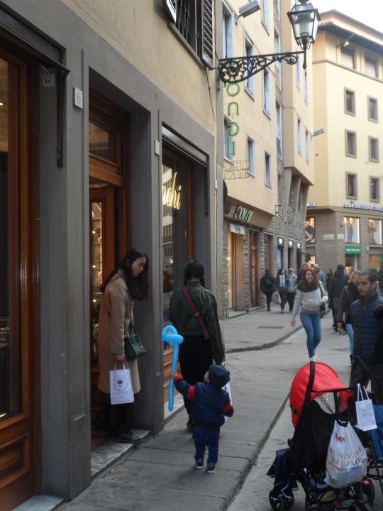Precocity,   alias  a budding Secretary             gallant    Piazza del Mercato               Nuovo               Firenze