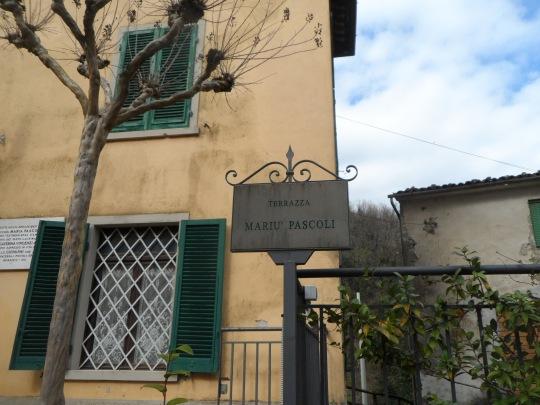 Casa eremo  di Giovanni Pascoli Castelvecchio Lucca  terrazza Mariu Pascoli; la tanto amata e chiacchierata sorella